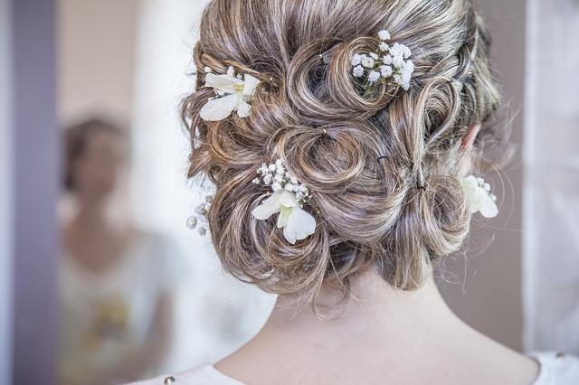 univers-mariage.com_coiffure de mariée
