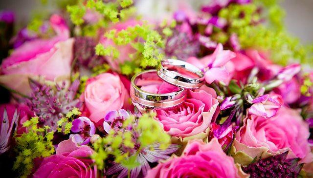Nouveaux organisateurs de mariage, comment attirer vos premiers clients ?