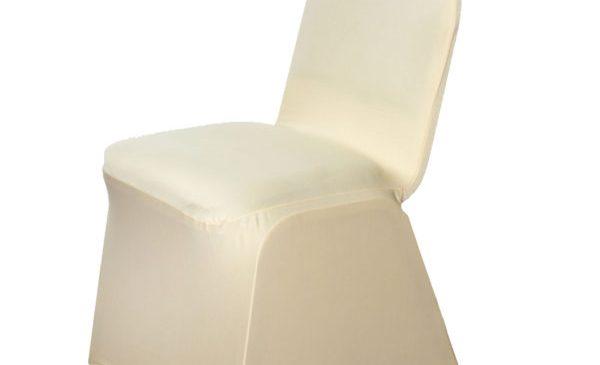 Conseils pour décorer les tables et les chaises lors d'un mariage